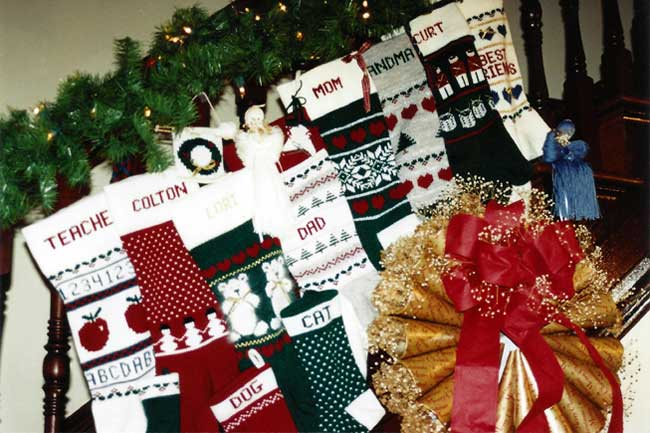 sandee cherry's machine knitting pattern book christmas stockings and ornaments sandys quick knits